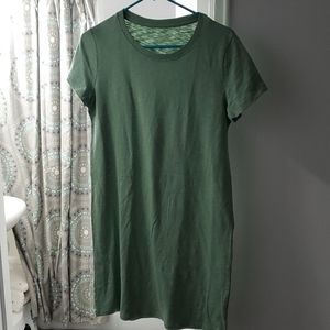 NWT Universal Thread green t-shirt dress